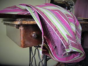 «Даёшь вторую жизнь устаревшей блузке!»: шьем тужурку. Ярмарка Мастеров - ручная работа, handmade.