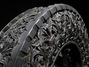 Резьба по автомобильным шинам от художника Wim Delvoye   Ярмарка Мастеров - ручная работа, handmade