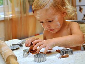 Мастер-класс по выпечке и росписи имбирных пряников для детей от 8 лет и мам (пряничный домик) | Ярмарка Мастеров - ручная работа, handmade