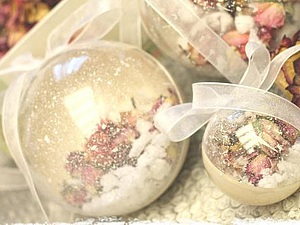 Делаем новогодний шар «Розы в снегу» за 30 минут | Ярмарка Мастеров - ручная работа, handmade