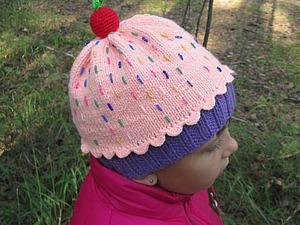 Вяжем шапочку «Пирожное». Ярмарка Мастеров - ручная работа, handmade.