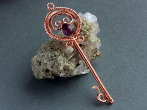 Ключик из проволоки в технике wire wrap | Ярмарка Мастеров - ручная работа, handmade