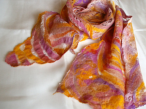 Шарф из шерсти на шелковом одеяле. Ярмарка Мастеров - ручная работа, handmade.
