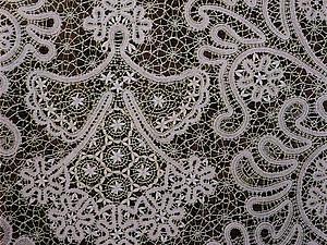 «Нитка с ниткою сплетается, кажется, сама зима выплетает вологодские, как снежинки, кружева». Ярмарка Мастеров - ручная работа, handmade.