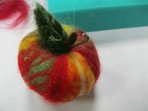 Делаем войлочное яблочко. Ярмарка Мастеров - ручная работа, handmade.