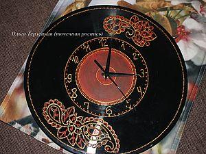 Точечная роспись часов из виниловой пластинки | Ярмарка Мастеров - ручная работа, handmade