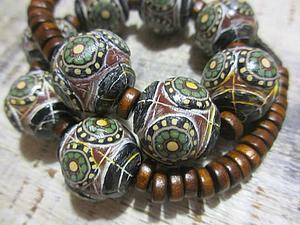 Этнические бусы из полимерной глины | Ярмарка Мастеров - ручная работа, handmade