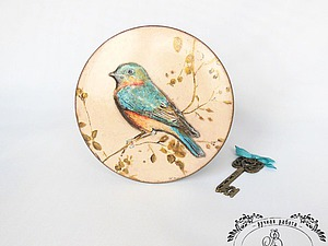 Декорируем круглую шкатулку «Птичка» в технике объемного декупажа. Ярмарка Мастеров - ручная работа, handmade.
