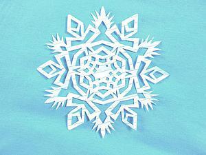 Видео мастер-класс: вырезаем красивую снежинку из бумаги. Ярмарка Мастеров - ручная работа, handmade.