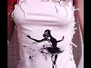 Декорирование и роспись женской футболки. Ярмарка Мастеров - ручная работа, handmade.