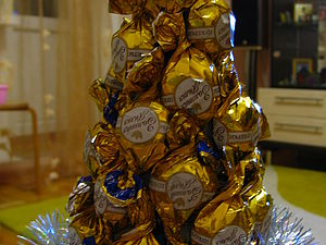 Сладкая елочка из конфет: мастер-класс | Ярмарка Мастеров - ручная работа, handmade