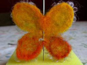 Как просто сделать бабочку из шерсти. Ярмарка Мастеров - ручная работа, handmade.