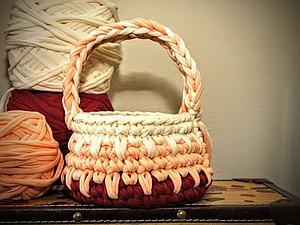 Вяжем крючком из трикотажной пряжи пасхальную корзинку. Ярмарка Мастеров - ручная работа, handmade.