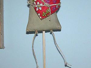 Подставка для кукол из газетных полос. Ярмарка Мастеров - ручная работа, handmade.