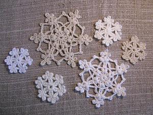 Простые, но эффектные новогодние снежинки крючком. Ярмарка Мастеров - ручная работа, handmade.
