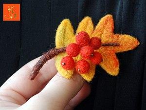 Семейный мастер-класс. Сухое валяние шерсти: брошка или игрушка, на выбор | Ярмарка Мастеров - ручная работа, handmade