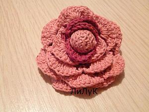 Вяжем большую двухцветную розу. Ярмарка Мастеров - ручная работа, handmade.
