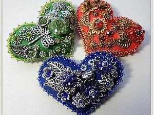 Брошь-сердечко из фетра | Ярмарка Мастеров - ручная работа, handmade