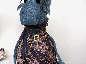 Розыгрыш синей лошадки | Ярмарка Мастеров - ручная работа, handmade