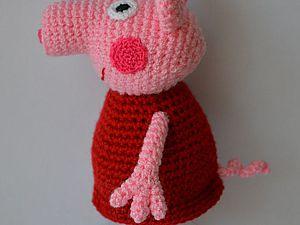 """Вяжем крючком игрушку """"Свинка Пеппа"""". Ярмарка Мастеров - ручная работа, handmade."""