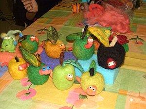 Семейный мастер-класс. Сухое валяние шерсти: брошка или игрушка, на выбор   Ярмарка Мастеров - ручная работа, handmade