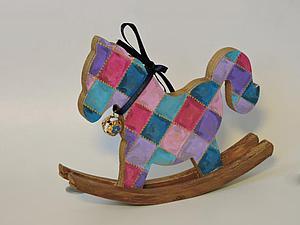 Мастер-класс: расписываем карнавальную лошадку для ребенка. Ярмарка Мастеров - ручная работа, handmade.