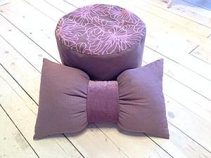 Идея подарка - пуфик с подушкой-бантиком | Ярмарка Мастеров - ручная работа, handmade