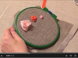 Как вышить лентами «плиссированную розу». Ярмарка Мастеров - ручная работа, handmade.
