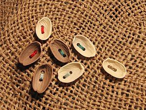 Мастерим пуговицы из скорлупы фисташковых орехов | Ярмарка Мастеров - ручная работа, handmade