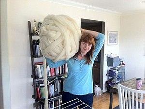 Необычное вязание от Laura Birek: ПВХ-трубы вместо спиц. Ярмарка Мастеров - ручная работа, handmade.