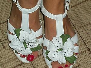 Делаем белые лилии для туфелек. Ярмарка Мастеров - ручная работа, handmade.