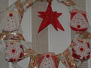 Мастерим рождественский венок «Семейная почта». Ярмарка Мастеров - ручная работа, handmade.