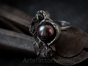 История кольца