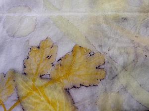 Скоро в продаже летние футболки, окрашенные растениями | Ярмарка Мастеров - ручная работа, handmade