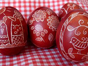 Украшение пасхальных яиц в технике драпанка.. Ярмарка Мастеров - ручная работа, handmade.