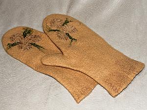 Что-то холодает...а не свалять ли нам рукавички?сегодня!!! | Ярмарка Мастеров - ручная работа, handmade