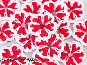 Цветочки с лепестками-сердечками | Ярмарка Мастеров - ручная работа, handmade