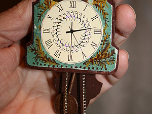 Часы-ходики из спичечного коробка в кукольный дом. Ярмарка Мастеров - ручная работа, handmade.