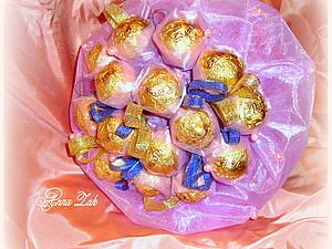 Букет из конфет в органзе | Ярмарка Мастеров - ручная работа, handmade