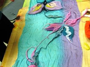 Мокрое валяние. Шелковый шарфик в нуно-технике. | Ярмарка Мастеров - ручная работа, handmade