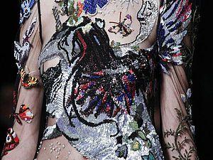 Мода на броши, или Тенденции мировых дизайнеров сезонов 16/17. Ярмарка Мастеров - ручная работа, handmade.