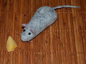 Валяем «мышонка, фаршированного рисом». Ярмарка Мастеров - ручная работа, handmade.