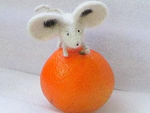 Валяем мышку из собачьей шерсти. Ярмарка Мастеров - ручная работа, handmade.