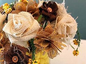 Необыкновенные цветы из обыкновенной мешковины | Ярмарка Мастеров - ручная работа, handmade