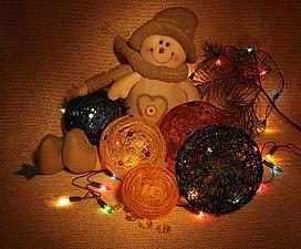 Новогодние шары из ниток. Ярмарка Мастеров - ручная работа, handmade.