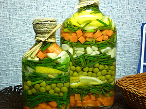 Бутылочка с овощами | Ярмарка Мастеров - ручная работа, handmade