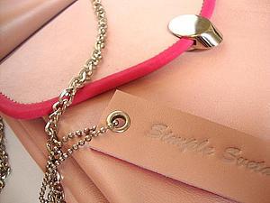 Обработка кожаным руликом крышки сумки | Ярмарка Мастеров - ручная работа, handmade