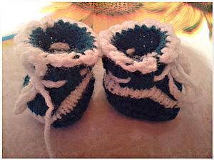 Вязаные башмачки для куклы. Ярмарка Мастеров - ручная работа, handmade.