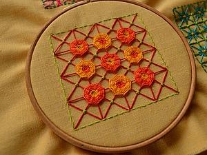 Вышивка в технике «Декоративная сетка», или «Крестик для ленивых». Часть 3: цветочки-мандалы. Ярмарка Мастеров - ручная работа, handmade.