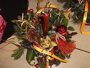 Новогодняя флористика!  Композиция подсвечник из еловых веток | Ярмарка Мастеров - ручная работа, handmade